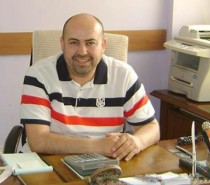 Mekik Gözünü Horoz'a Dikti
